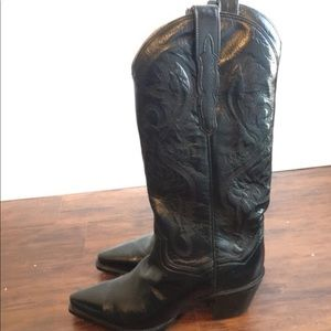 Western mid calf boot